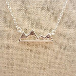 Jewelry - Snow Mountain Necklace